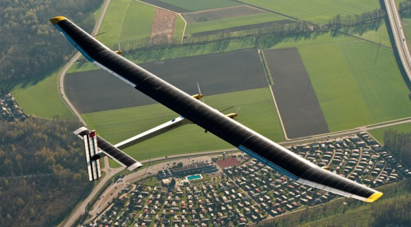 solar-airplane-1
