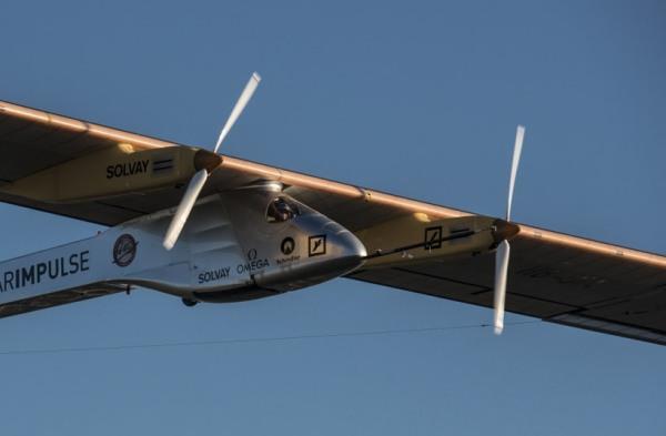 solar-airplane-8