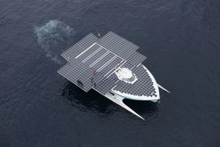 The-Solar-Powered-Boat-2-715x477